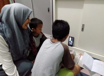 Sekolah Daring Bikin Anak dan Orang Tua Stress, Ini Solusinya