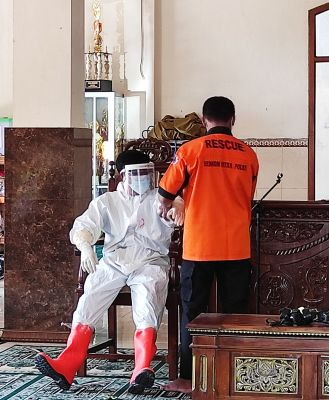 Senkom Mitra Polri Kabupaten Klaten Berikan Pelatihan Pemulasaraan Jenazah Covid-19